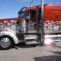 Awesome Trucking Rigs